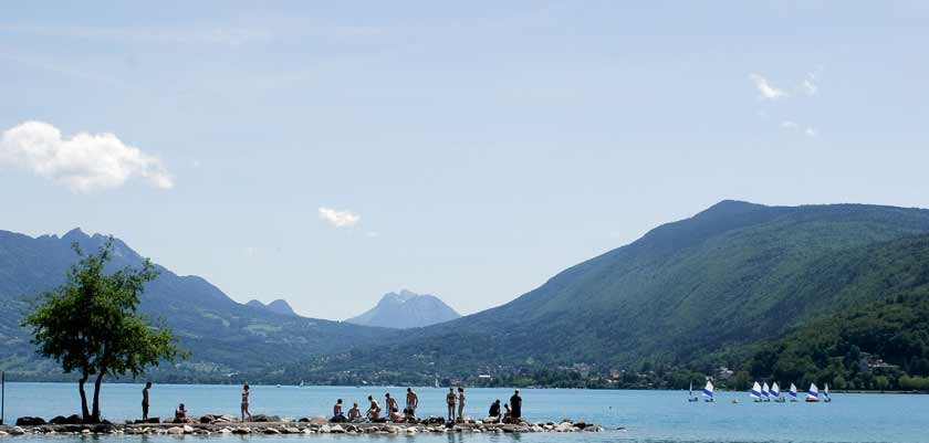 Lake view in summer, Talloires, Lake Annecy, France.jpg